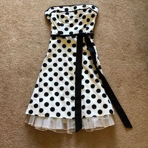 Snap Black and White Polkadot Dress